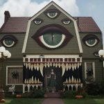 7 Scariest Haunted Houses in California #1 is So Creepy!